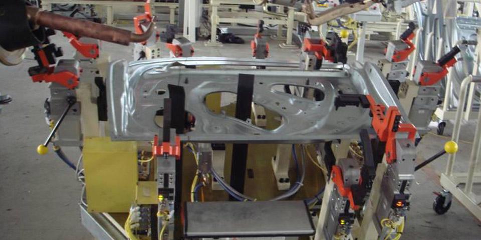 汽车零部件焊接生产线,机器人焊接系统